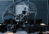 在《毒液:致命守護者》中,為什麼同為共生體的暴亂的手可以變成武器而毒液不行?