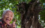 隨李老太講的故事上山,實拍山上貧困村人真實生存狀況,難以置信
