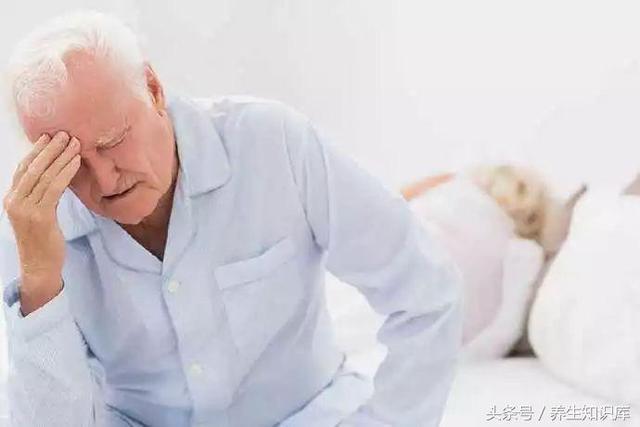 """晨起的六大""""短命""""習慣,想長壽,最好一個也別有!"""