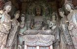 參觀中國四大石窟之一的麥積山石窟