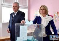 塞爾維亞舉行總統選舉