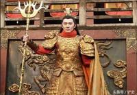 隋唐英雄宇文成都的父親宇文化及,在歷史上到底是怎麼樣呢?