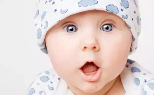 嬰兒是如何探索世界的?