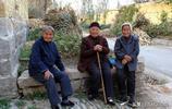 在農村生活的老人,10張圖看懂生活,有沒有一張圖讓你流淚