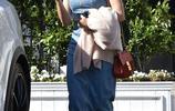 美國女星珍娜·迪萬牛仔長裙亮相洛杉磯街頭