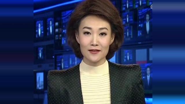 41歲歐陽夏丹換新發型,短髮變長竟然撞臉了海霞