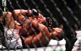 職業綜合格鬥攝影師,拍攝選手出拳瞬間