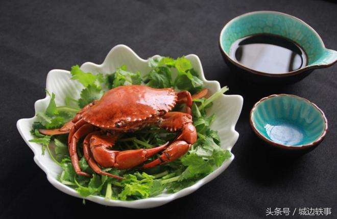 煮螃蟹是用冷水下鍋還是熱水?其實這樣清蒸螃蟹,螃蟹才美味
