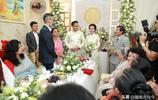 實拍越南結婚儀式全過程:拜天地敬父母喝交杯酒,大紅囍字不可少