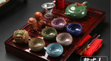 傳統子茶具已經過時了,如今比較流行的是杯中養鯉魚,耐用又上檔次
