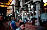 曾經作為帝國中心開羅的街頭生活
