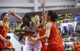2017女籃對抗賽:中國女籃100-63塞內加爾 李夢砍下20分