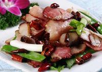 臘肉炒出來又幹又鹹?外婆:炒臘肉前焯對水,臘肉乾香滋潤更下飯