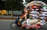 實拍:一個將摩托車發揮的淋漓盡致的國家,各種開掛讓人歎為觀止!