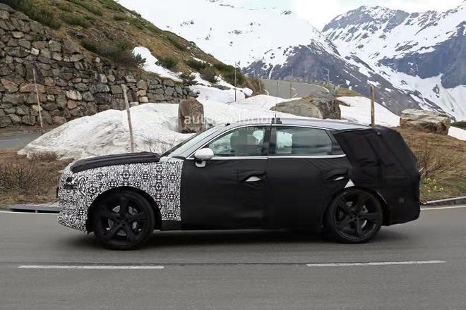 現代全新豪華SUV實拍!尺寸不輸寶馬X5,年底亮相