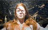 以色列超寫實主義畫家Yigal Ozeri 油畫作品欣賞