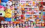 21歲女大學生3年花13萬收集迪士尼娃娃,成貨真價實的敗家女