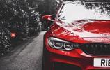 BMW M3 F80 運動風十足,自帶美女上車功能!