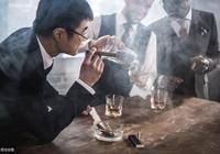 不抽菸不喝酒,女白領也肝癌晚期,醫生直言:這三件事危害也不小