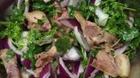 豬頭肉就酒,越喝越有,一個人在家弄點簡單的下酒菜