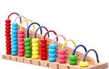 給孩子買幾款益智玩具,充分開發智力