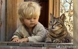 11張孩子和動物的超萌合照,溫柔的身姿會讓你煩躁的心安靜下來!