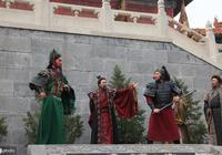 聽到關羽水淹七軍的消息,曹操為何嚇得要遷都鄴城,原來有貓膩