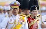 泰國國王加冕前宣佈冊封新王后 四婚對象竟是自己前保鏢