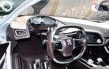 汽車圖集:標緻SR1