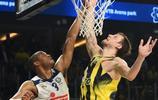 籃球——歐洲聯賽:費內巴切隊晉級決賽
