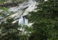 江西廬山和安徽黃山哪個更值得去遊玩?