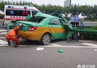 私家車和出租車相撞,交警隊扣車30天后放車,出租車向你要停運損失合理嗎?該怎麼辦?