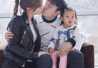李小璐現身董璇女兒生日趴,甜馨美出新高度,像極了爸爸賈乃亮