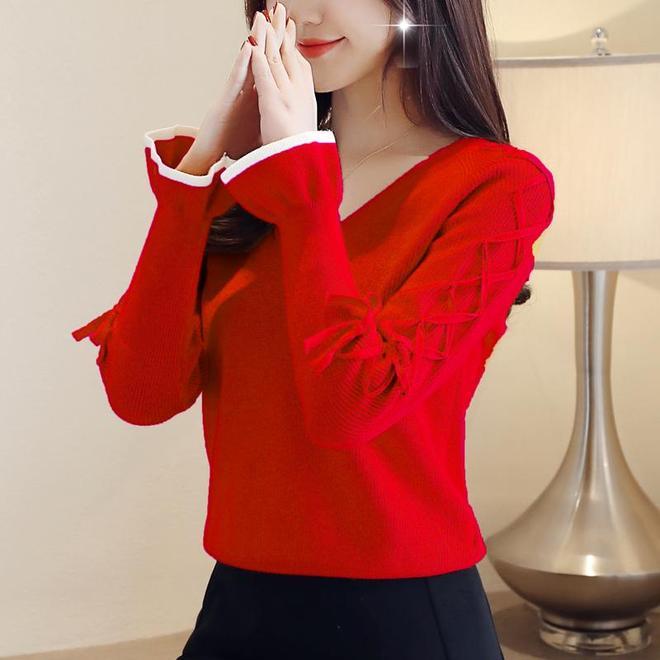 表姐太洋氣了!入冬穿這精緻打底衫,不僅時髦保暖,還減齡提氣質