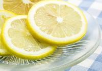 喝檸檬水到底能不能美白、減肥?不管好壞,泡檸檬時最好都別加它
