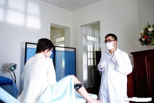 婦產科裡讓男醫生檢查,你願意嗎?