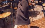 冬季最時尚的內搭搭配,毛衣和半身裙的組合,溫柔成熟又優雅