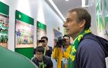 前德國隊主教練克林斯曼參觀北京中赫國安足球俱樂部