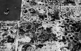 罕見老照片:被美軍轟炸後的日本本土慘狀,遍地的彈坑與廢墟