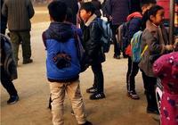 從教學質量來考慮,農村的孩子們是在農村學校上學好,還是由父母親去城裡陪讀好呢?