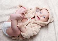 寶寶什麼時候該學會什麼,生長髮育會落後嗎?兒科教授全面解答!