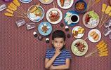 不同國家孩子的一週都吃些什麼?他做了個有趣的拍照實驗
