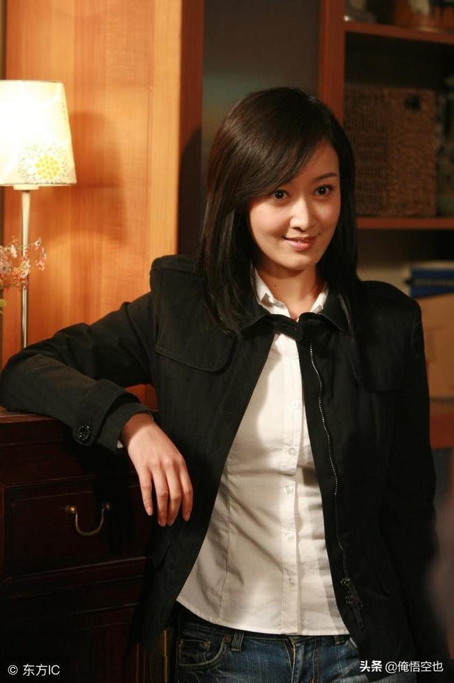 記得她嗎?從央視走後,成為一名讓趙寶剛都覺得非常有魅力的演員