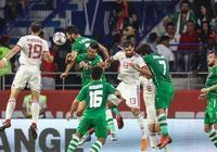 亞洲盃再現1幕大規模衝突:伊朗前鋒被多名對方球員追打!