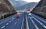 雲南這條雙向六車道高速已通車,時速100公里,多地出行方便了