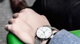 """男人手錶別傻傻的只知道""""勞力士""""手錶了,國內老闆都戴這款表"""