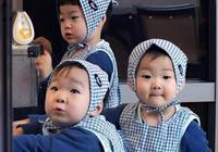 宋家三胞胎7歲了,為爸爸宋一國新話劇應援,民國沒戴眼鏡好可愛