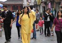 印度美女來中國旅遊後感慨:中國很安全,太羨慕中國女性!