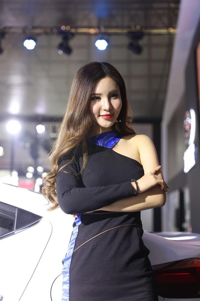 北京現代車模,真的很漂亮!
