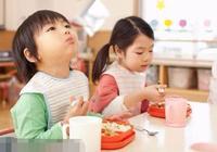 天熱,寶寶不想吃飯?彆著急!5個飲食小妙招,讓寶寶輕鬆度苦夏